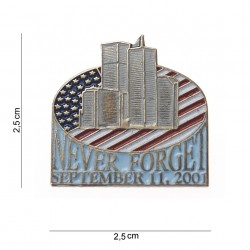 "Badge ""Never forget"" silver, 101 Inc"